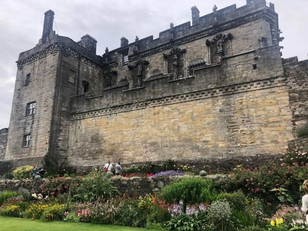 Das wehrhafte Stirling Castle, hier soll auch eine grüne Lady herumgeistern