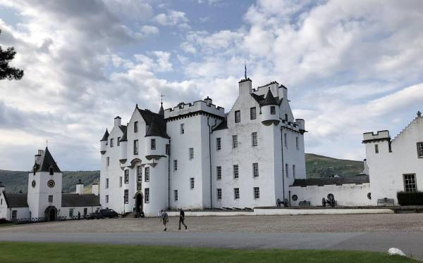 Blair Castle in Perthshire, Sitz der Familie Murray mit dem Familienoberhaupt Duke of Atholl