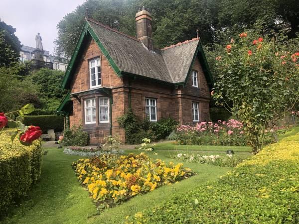 Das romantische Landhaus «Great Aunt Lizzie's Cottage» diente als Filmkulisse für eine beliebte Kinder TV-Serie.
